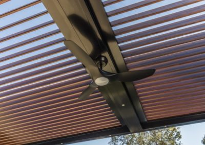 Woodgrain aluminium louvres with ceiling fan