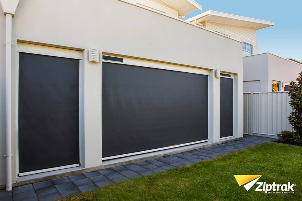 Motorised outdoor blind system